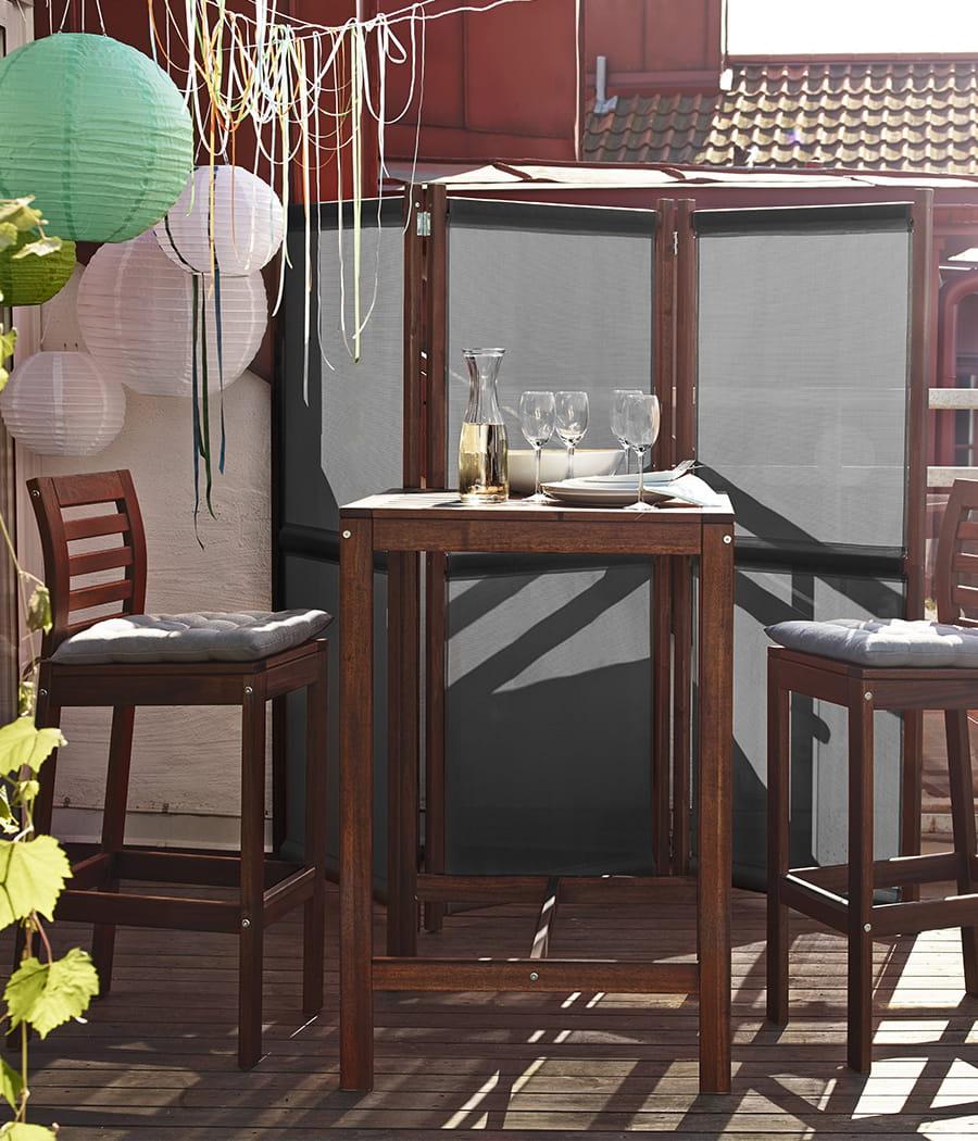mettre un paravent sur un balcon comment se prot ger de ses voisins 20 moyens linternaute. Black Bedroom Furniture Sets. Home Design Ideas