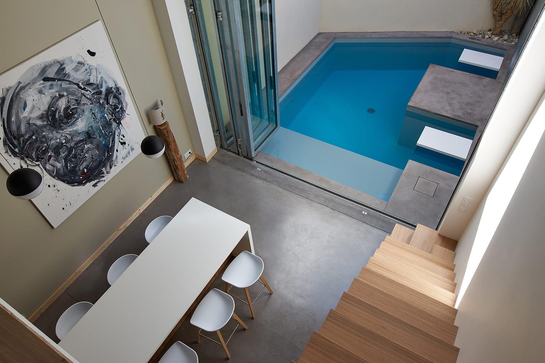 Mini piscine personnalisée (4 mètres sur 5), réalisée en blocs à ...