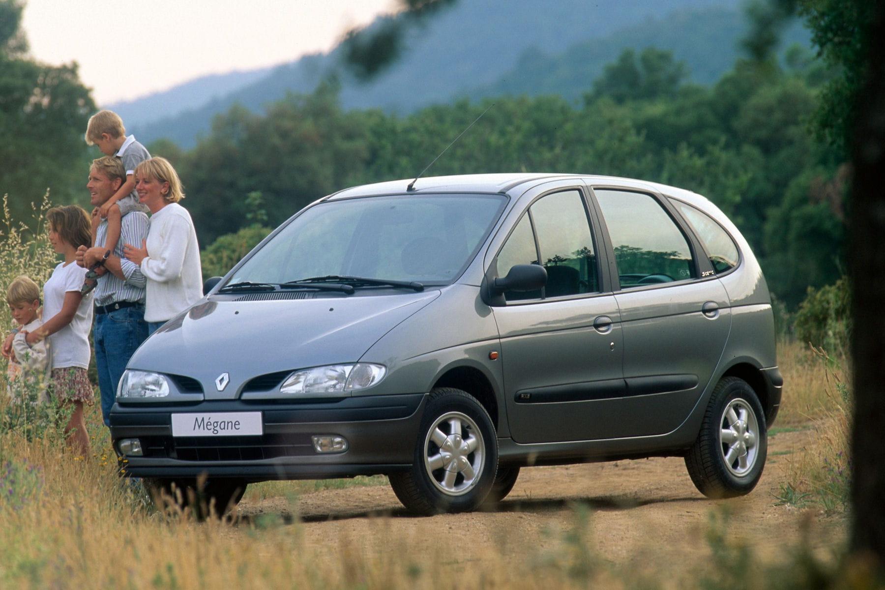 10259294-le-scenic-1-arrive-en-1996