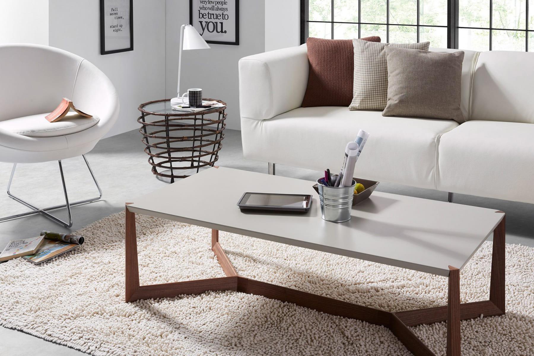trouvez des fauteuils en harmonie avec le canap. Black Bedroom Furniture Sets. Home Design Ideas