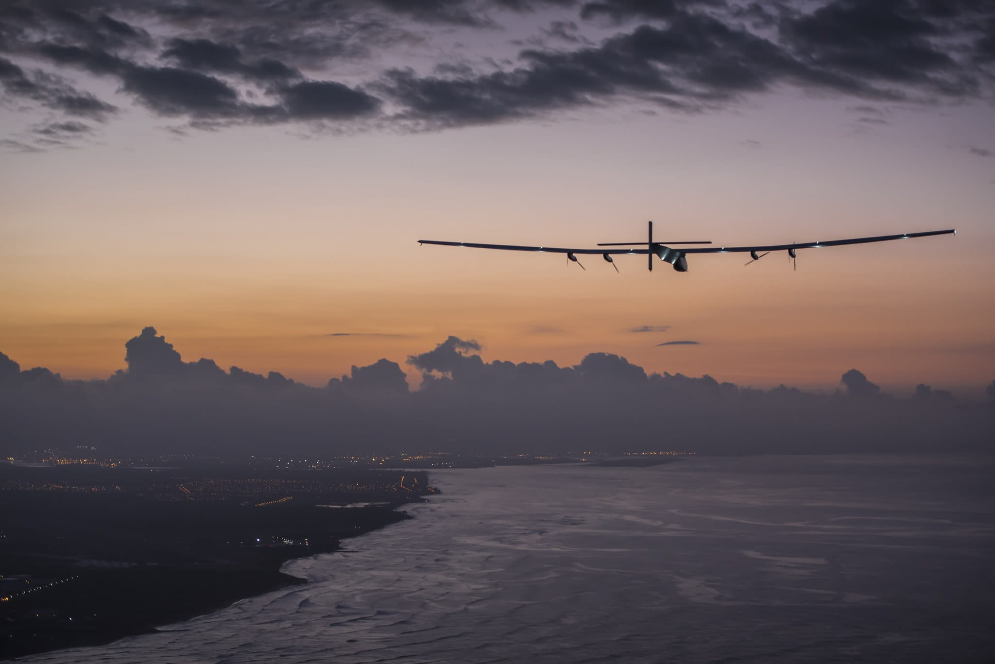 Solar impulse les plus belles tapes de son tour du monde for Les plus belles tours du monde