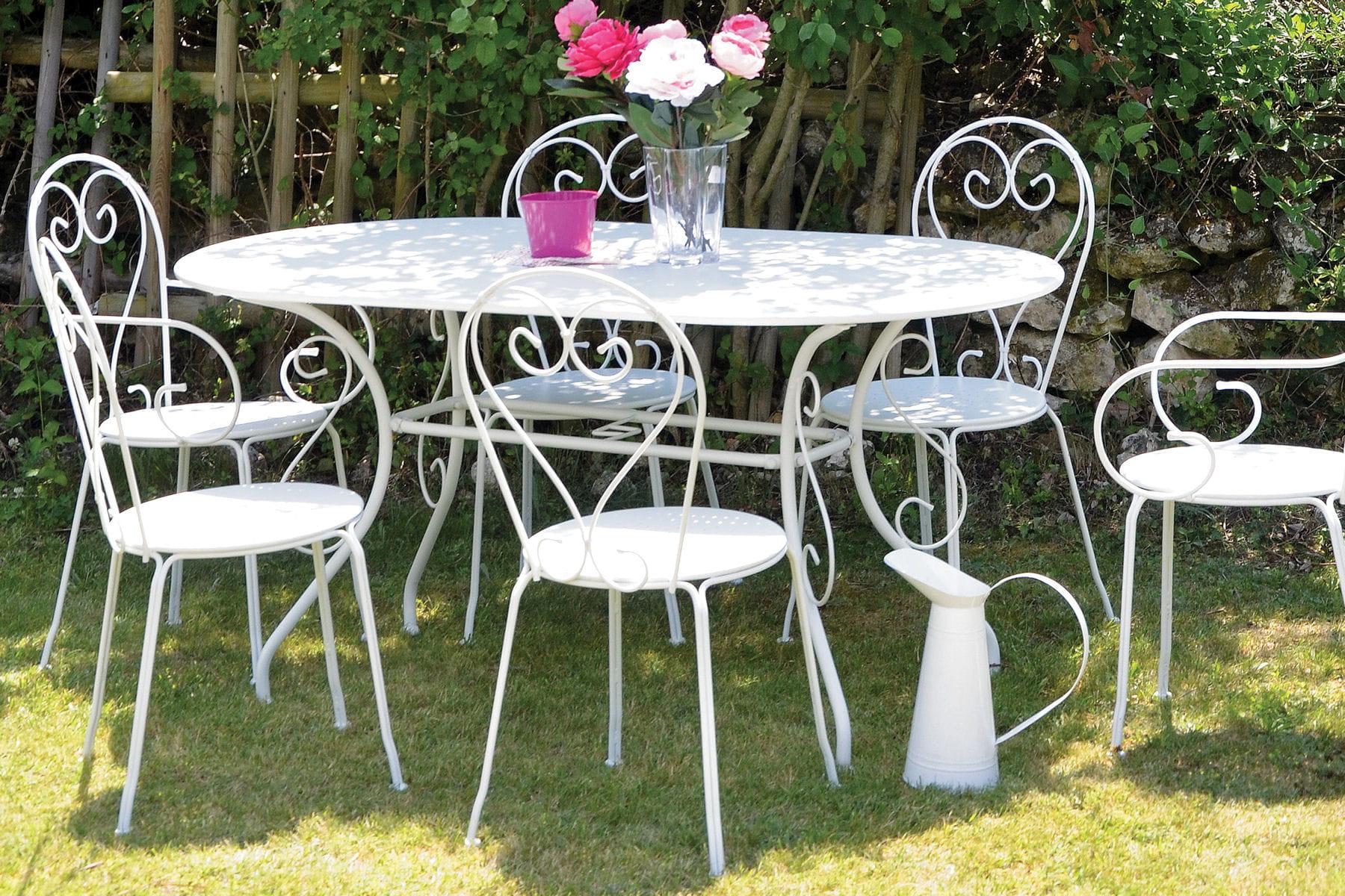 Un salon de jardin romantique - Salon jardin romantique ...