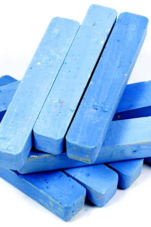 la craie bleue pour renforcer le blanc comment garder son linge blanc linternaute. Black Bedroom Furniture Sets. Home Design Ideas