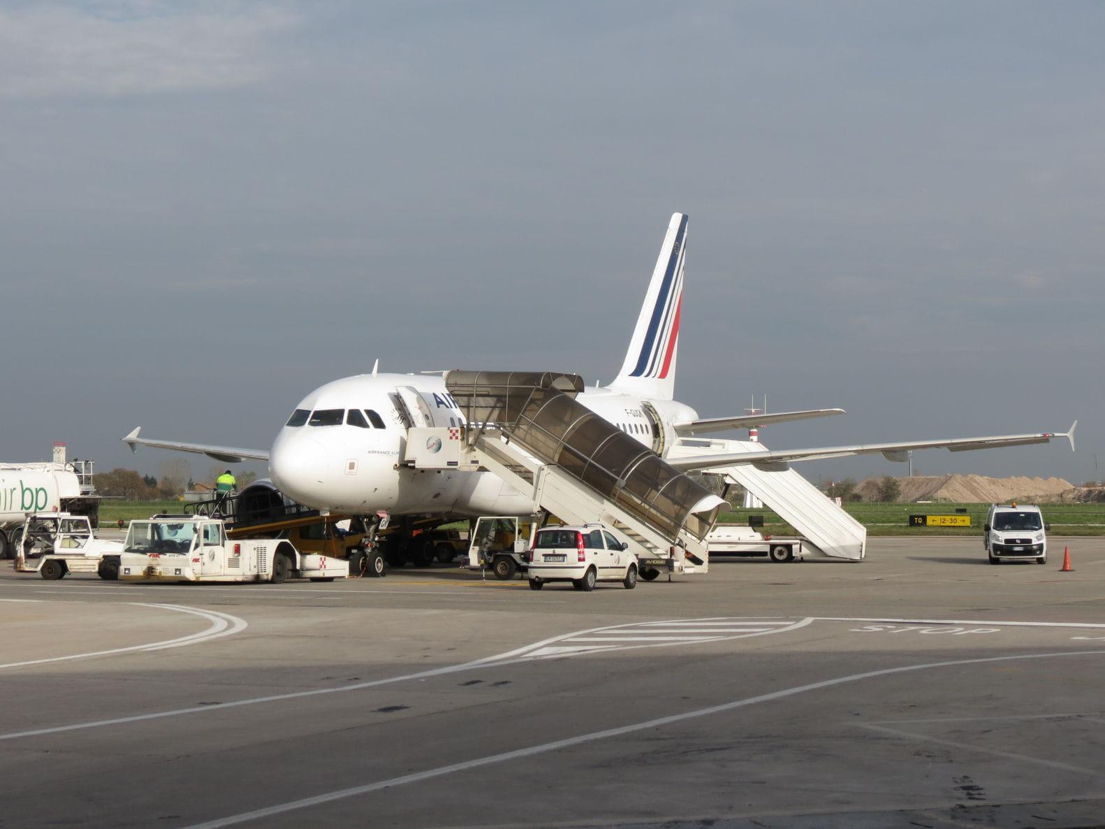 Grèves à la SNCF et Air France : les prévisions pour lundi