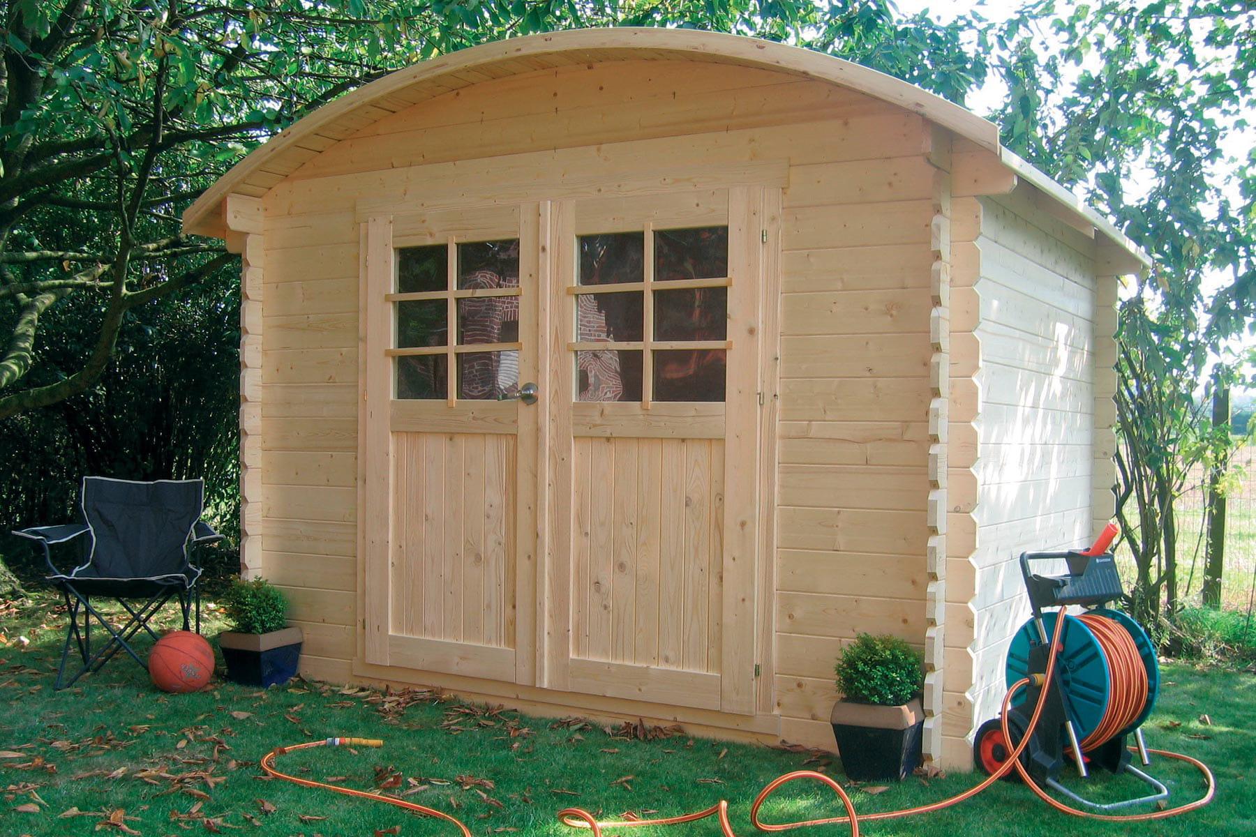 Autoire le chalet de jardin au toit rond des abris et for Chalet exterieur jardin