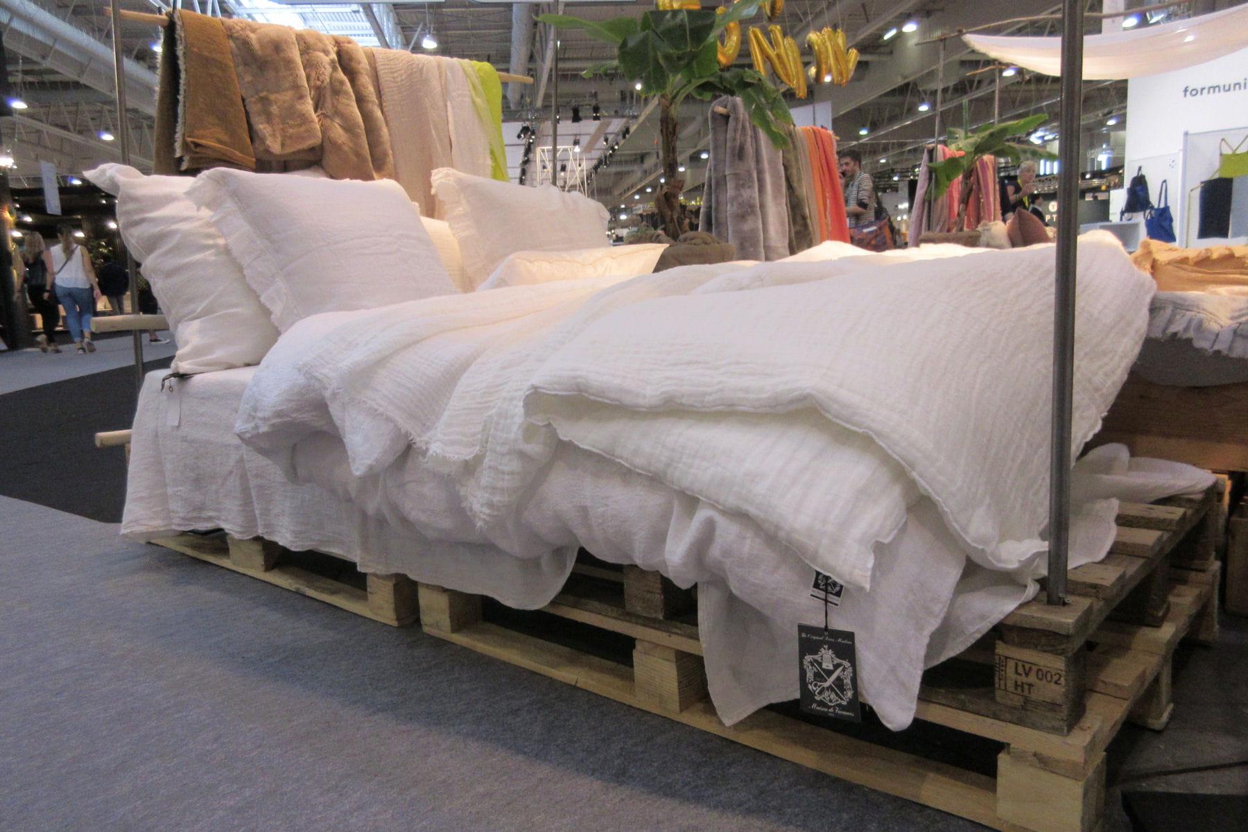 Lit En Palette De Bois Avis : esprit brocante avec un lit en palette : Am?nagement int?rieur : des