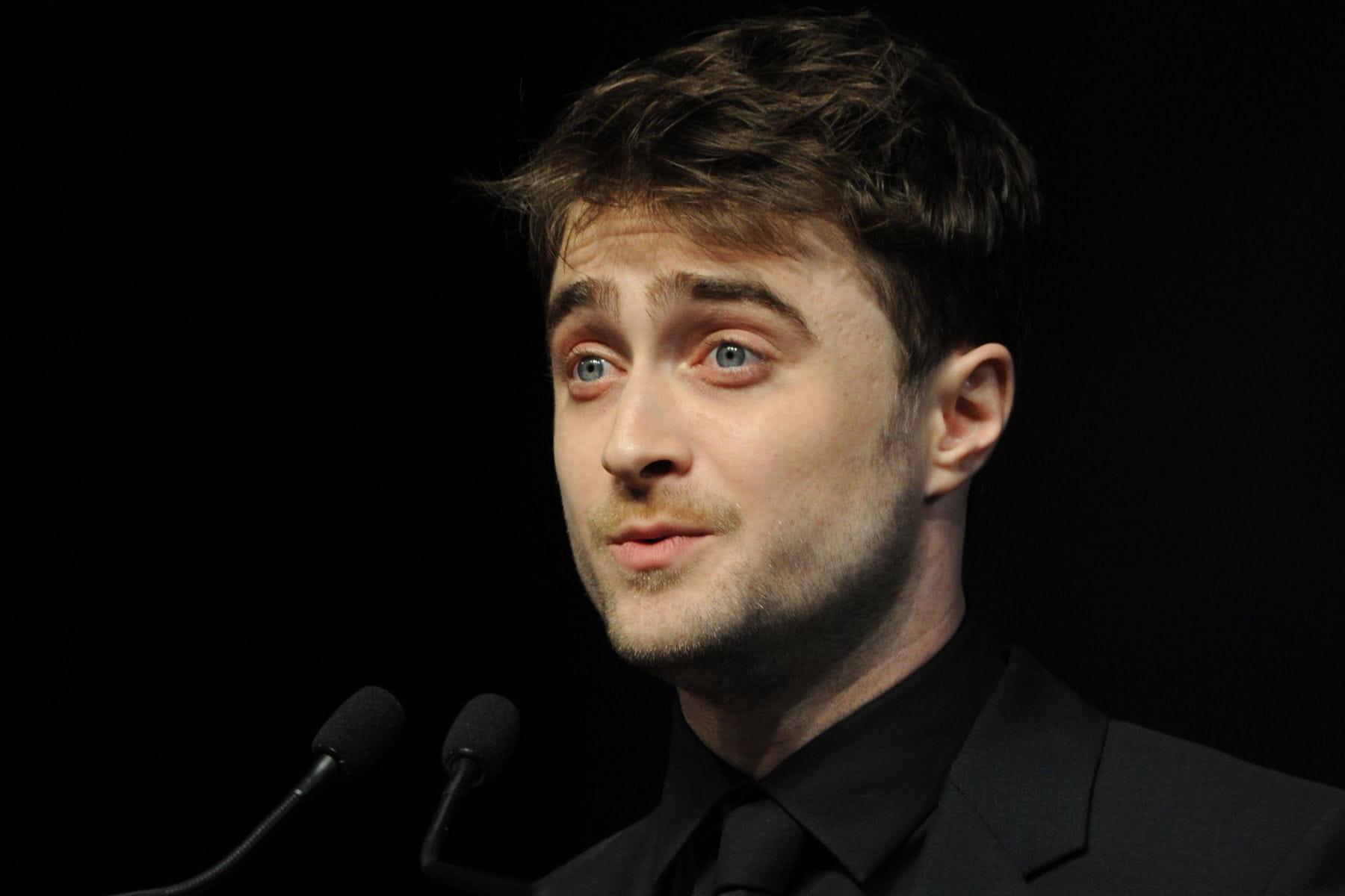 Harry potter 8 daniel radcliffe serait soulag si un - Harry potter 8 et les portes du temps ...