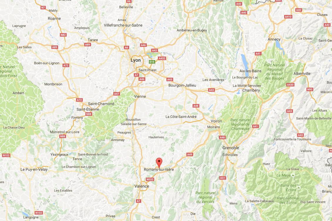 Une école maternelle partiellement détruite par le feu — Drôme