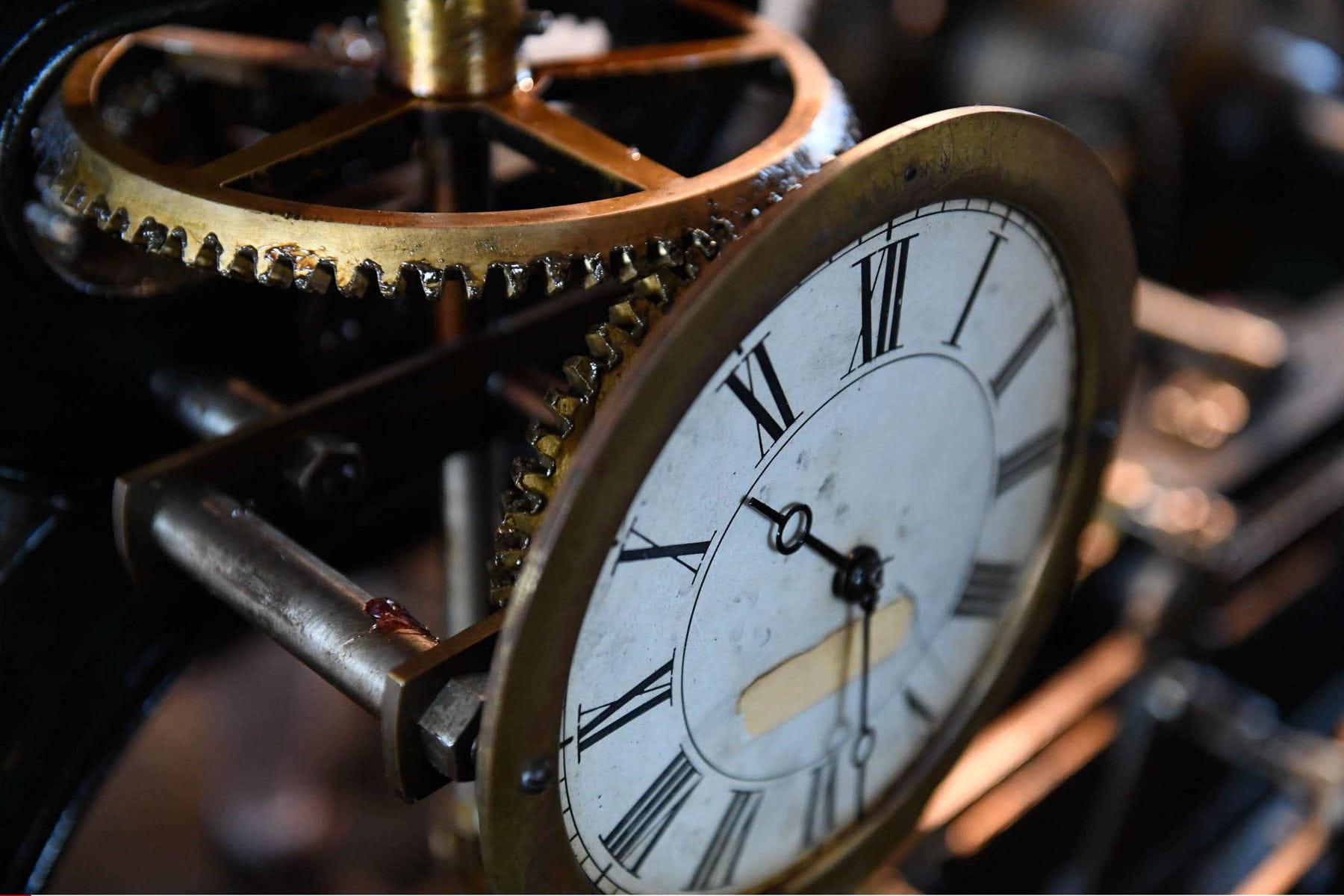 changement d 39 heure 2016 c 39 est reparti pour un tour et si on arr tait d 39 avancer nos horloges. Black Bedroom Furniture Sets. Home Design Ideas