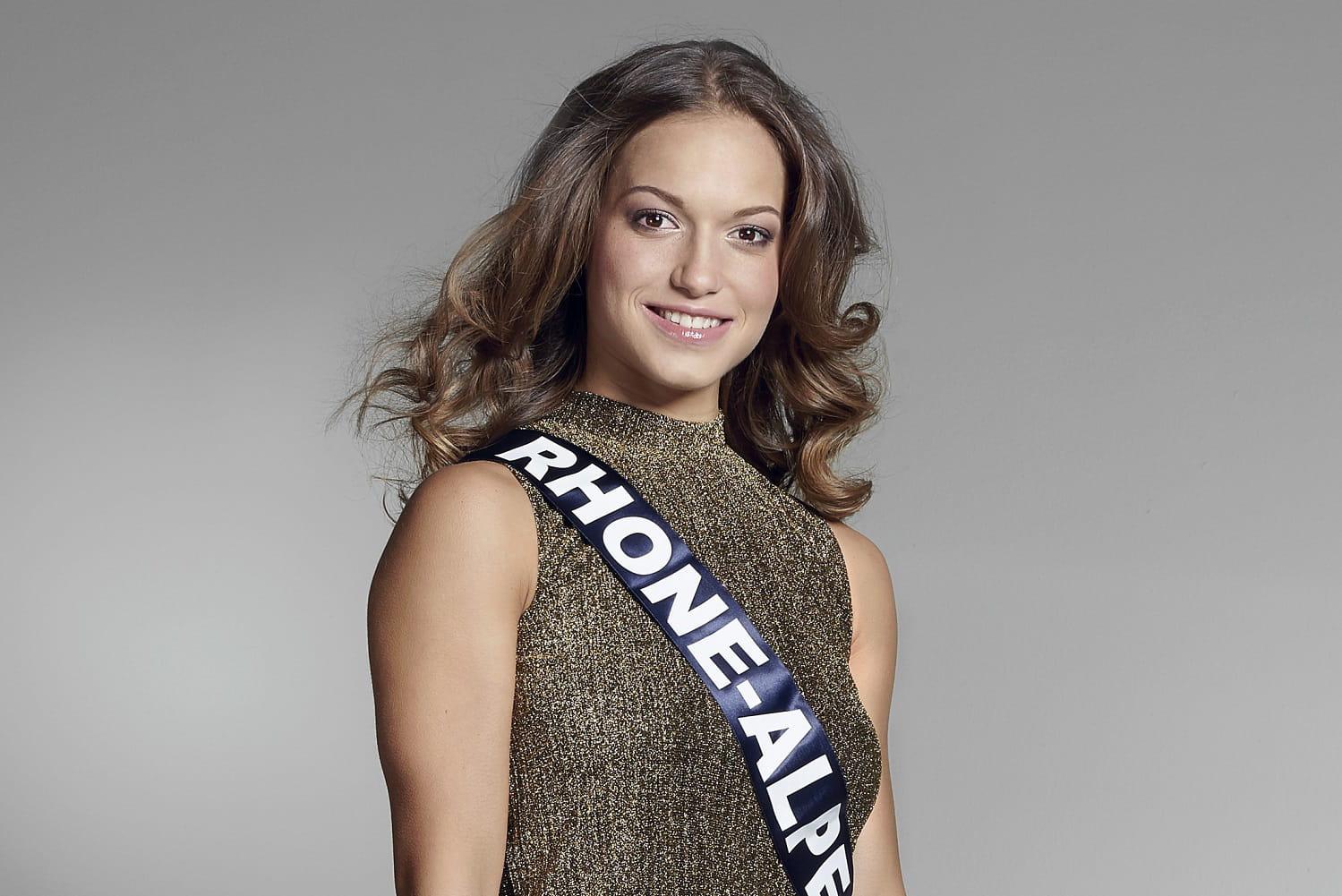 TPMP - Miss France 2017 : Le salaire mirobolant de la gagnante