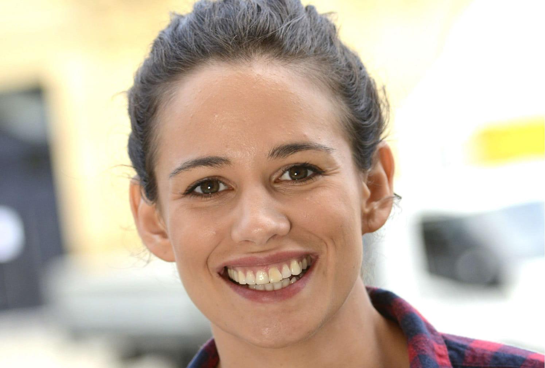 Lucie Lucas envisage d'arrêter la série — Clem