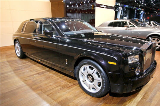 rolls royce phantom mascotte 7 021 euros. Black Bedroom Furniture Sets. Home Design Ideas