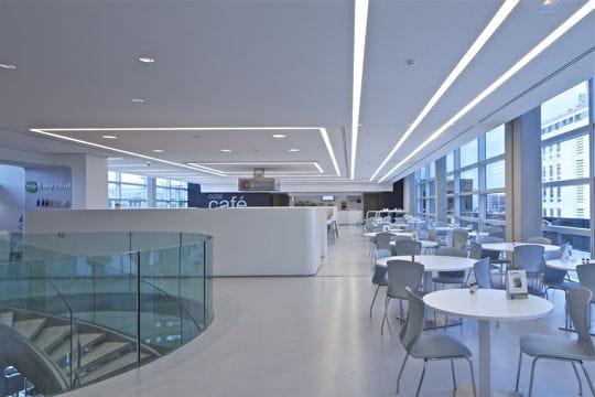 http://www.linternaute.com/actualite/grand-projet/tour-cma-cgm-de-marseille/image/restaurant-d-entreprise-1048743.jpg