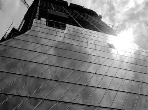 http://www.linternaute.com/actualite/grand-projet/tour-cma-cgm-de-marseille/image/surface-vitree-1048785.jpg