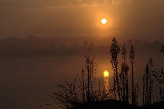 Une nature une photo nuage ciel d39azur for Soleil floors