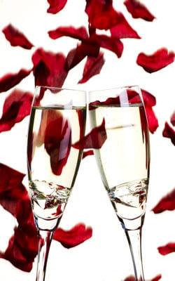 sous une pluie de roses demande en mariage 6 demandes originales linternaute. Black Bedroom Furniture Sets. Home Design Ideas
