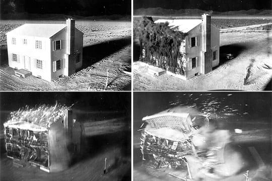 Histoire : Premiers essais nucléaires Maison-detruite-1097177