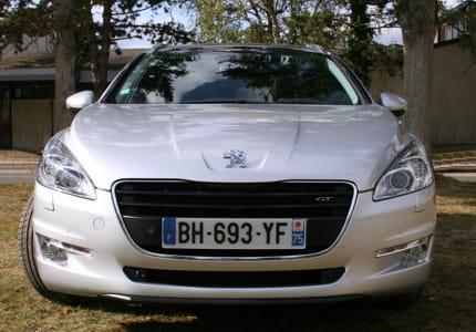 Essai Peugeot 508 SW : la lionne a les dents longues Peugeot-508-sw-profite-nouvelle-identite-peugeot-1099705