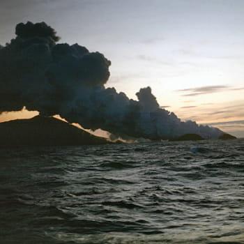Volcans... L-ile-surtsey-sortie-nulle-part-islande-1108509