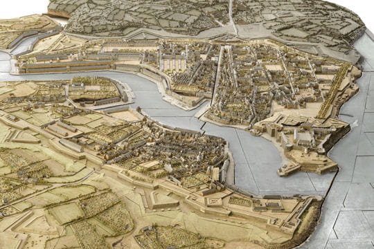 Histoire : France en relief Brest-1116370
