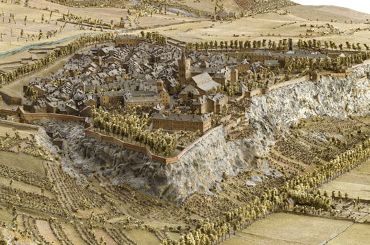 Histoire : France en relief Embrun-1116803
