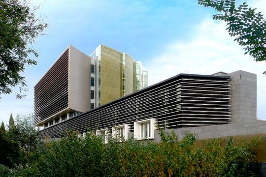trois espaces en un nouvelle ambassade de france p kin linternaute. Black Bedroom Furniture Sets. Home Design Ideas