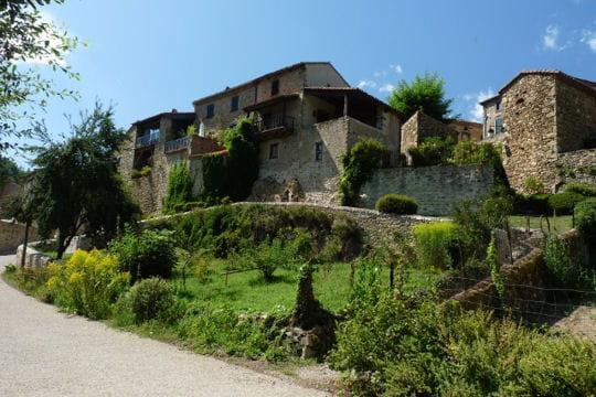 villages les plus romantiques : lavaudieu