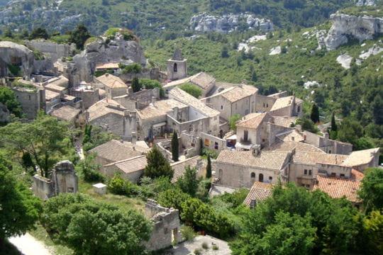 villages les plus romantiques : les baux de provence