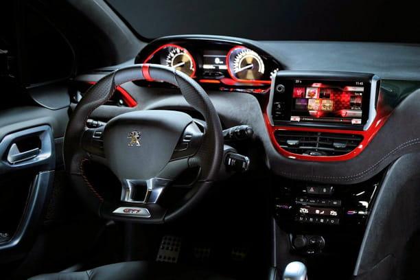 208 gti concept Finition-sportive-serieuse-1142636