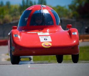 Le véhicule qui consomme le moins au monde  !  Ecocitadin_lycee_arles_evan-forget_300-auto-concepts-1235560