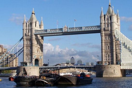 tower bridge le symbole londres la ville olympique linternaute. Black Bedroom Furniture Sets. Home Design Ideas