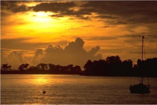 guide de voyage : vannes et le golfe du morbihan