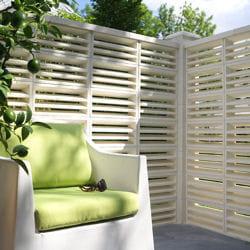 le claustra. Black Bedroom Furniture Sets. Home Design Ideas