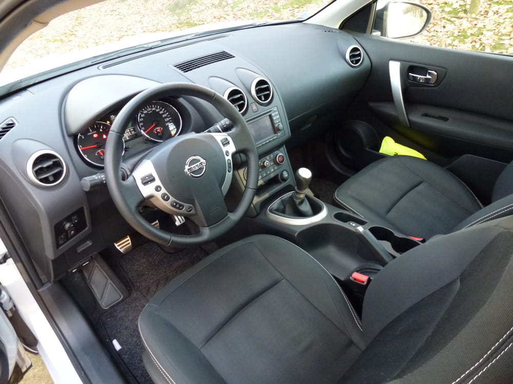 Nissan qashqai photo interieur for Interieur qashqai