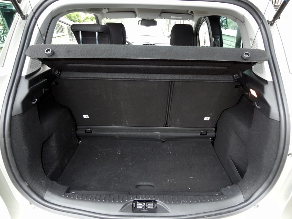 coffre ford c max 28 images la protection du chargement ford c max ford accessoires en ligne. Black Bedroom Furniture Sets. Home Design Ideas