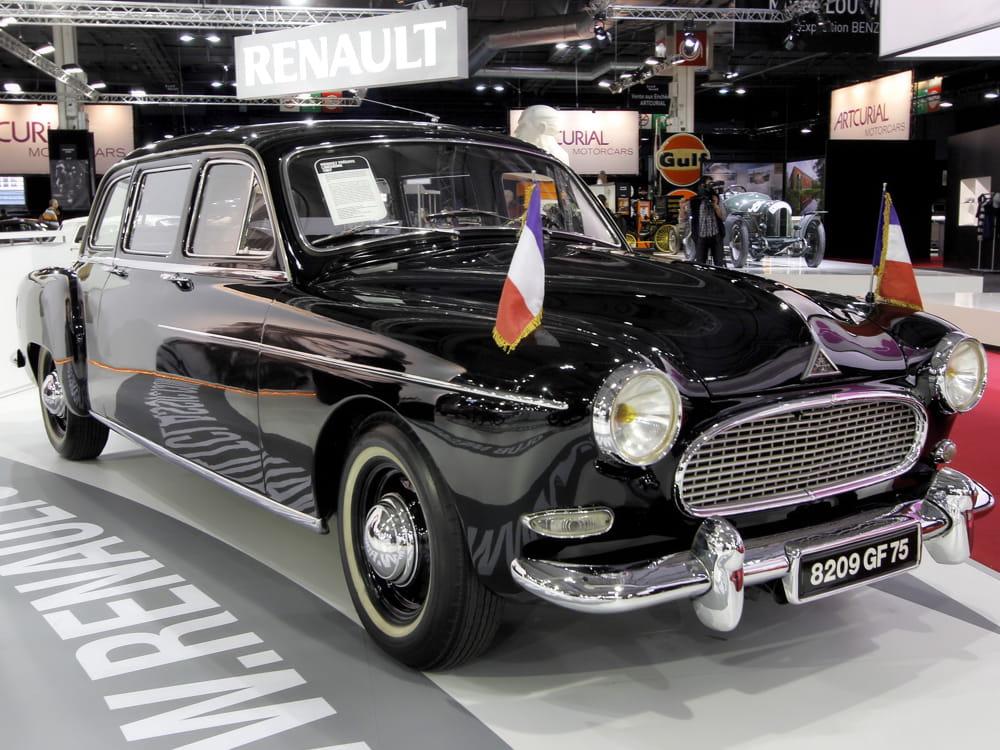 1534556-renault-fregate-limousine.jpg