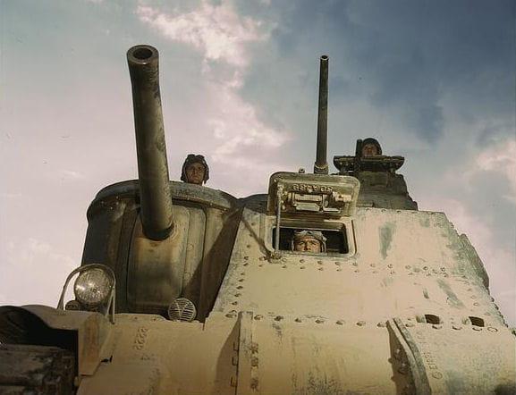 Manier le char m3, voilà l'un des entraînements pour les soldats