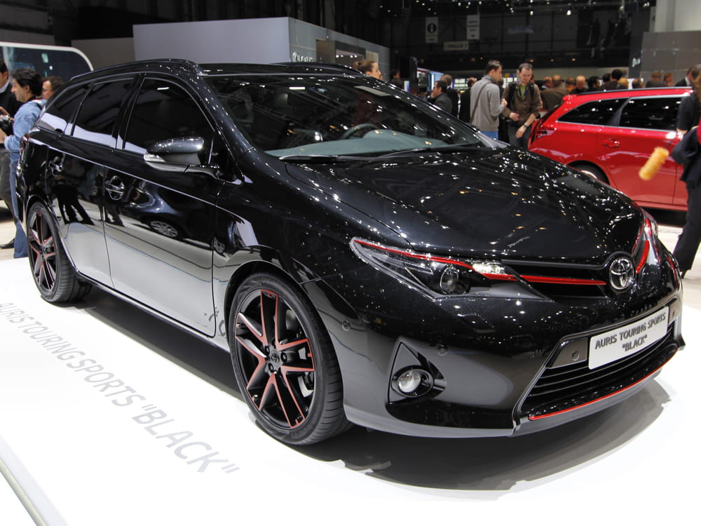 toyota auris used vehicles for sale from trust japan. Black Bedroom Furniture Sets. Home Design Ideas
