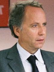 http://www.linternaute.com/cinema/star-cinema/dossier/les-vrais-noms-et-pseudos-des-stars-de-cinema/image/fabrice-luchini-422032-cinema-stars-1580797.jpg