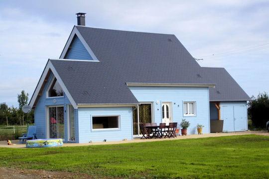 Une maison bleue les maisons en bois des lecteurs linternaute - Chanson une maison bleue ...