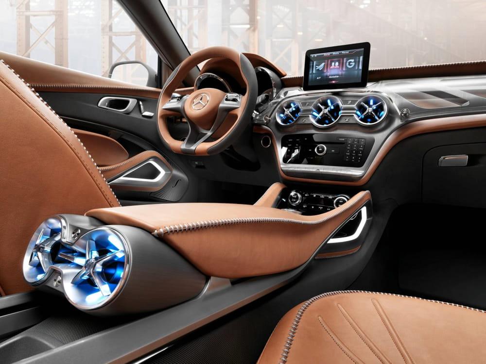 Int rieur moderne et haut de gamme mercedes gla concept Interieur mercedes