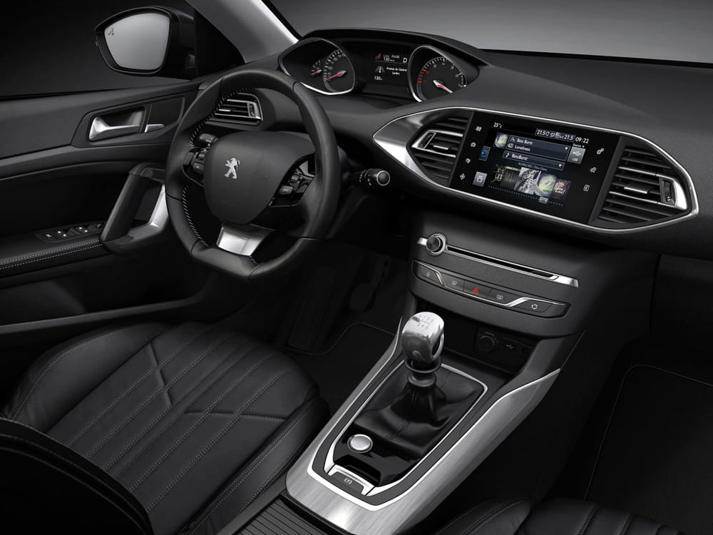 Nouvelle Peugeot 308 : sobre mais efficace Nouvelle-peugeot-308-finition-1651083