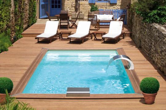 Des piscines et toit et toit fleur for Piscine bois 6x4 rectangulaire