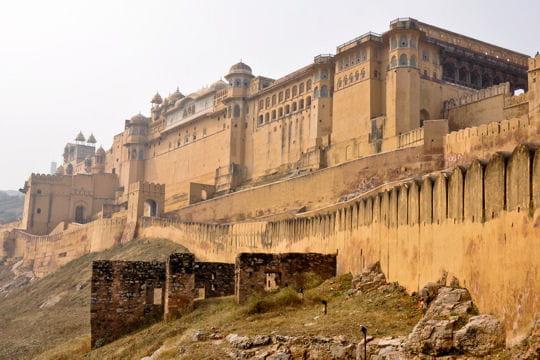 le fort amer surplombant jaïpur