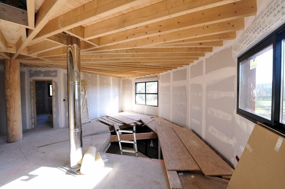 le conduit de chemin e une maison ronde en normandie linternaute. Black Bedroom Furniture Sets. Home Design Ideas
