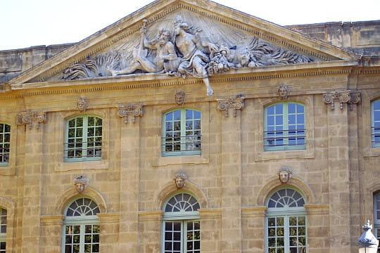 Aix-en-Provence : La Halle aux grains