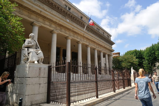 Aix-en-Provence : Palais de Justice