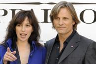http://www.linternaute.com/cinema/star-cinema/ces-acteurs-en-couple-avec-des-inconnues/image/copie-de-000_par2276272-cinema-stars-1734281.jpg