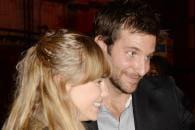http://www.linternaute.com/cinema/star-cinema/ces-acteurs-en-couple-avec-des-inconnues/image/copie-de-000_170208802-cinema-stars-1734496.jpg