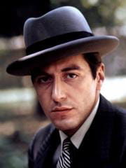http://www.linternaute.com/cinema/star-cinema/les-mechants-sexy-du-cinema/image/pacino-cinema-stars-1740060.jpg